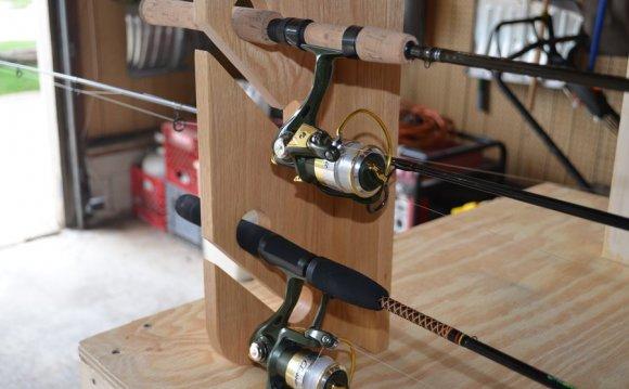 Car top fishing pole racks